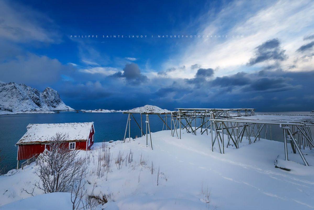 Ciel bleu dans les Lofoten en Norvège