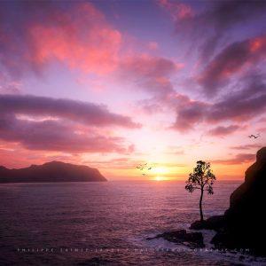 Coucher de soleil devant Mykines sur les îles Féroé