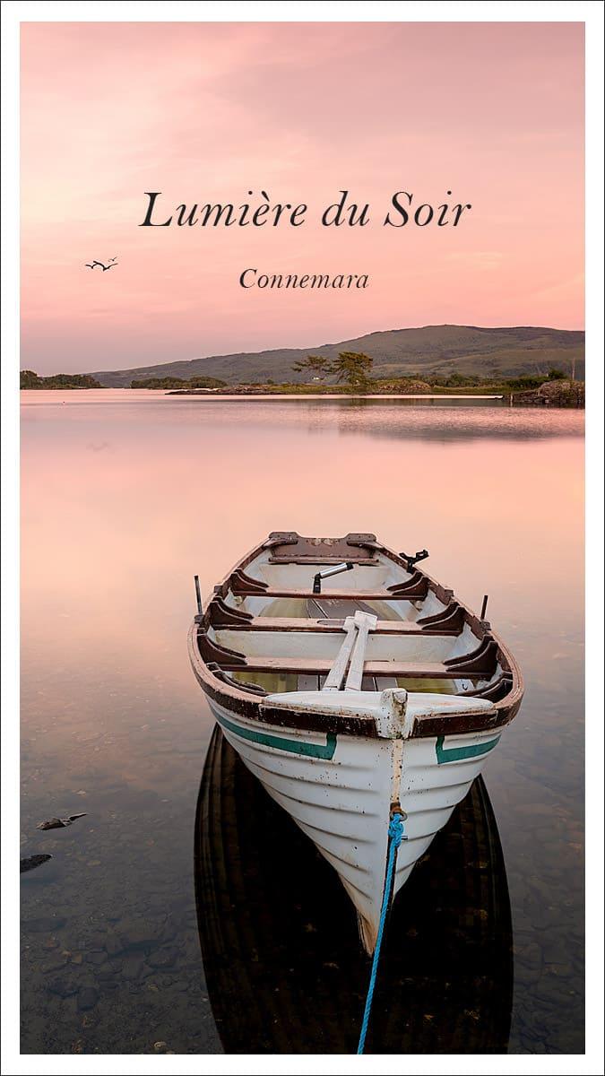 Lumière du soir sur un lac en Irlande