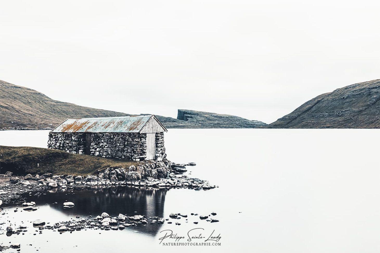 Le lac Sørvágsvatn
