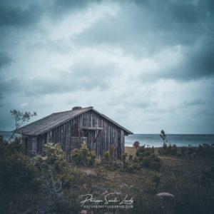 Cabane de pêche abandonnée en Estonie