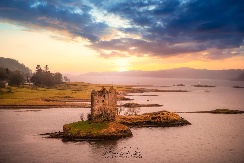 Le Château de Stalker en Écosse