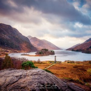 Photo de Glenfinnan avec le Loch Loch Shiel et les Highlands