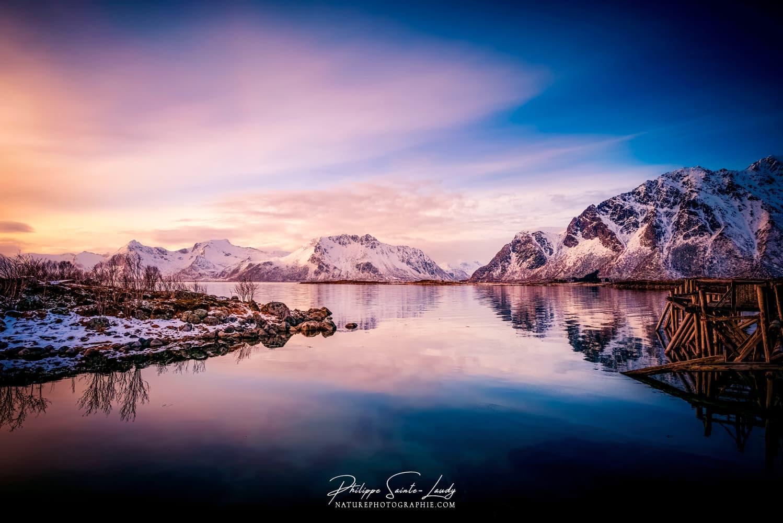 Coucher de soleil sur les fjords de Norvège