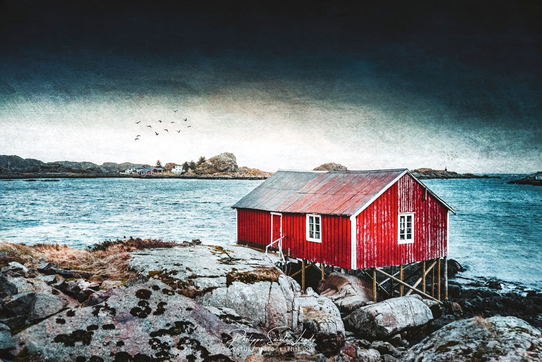 Rorbu rouge en Norvège