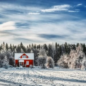 Maison rouge traditionnelle en Finlande