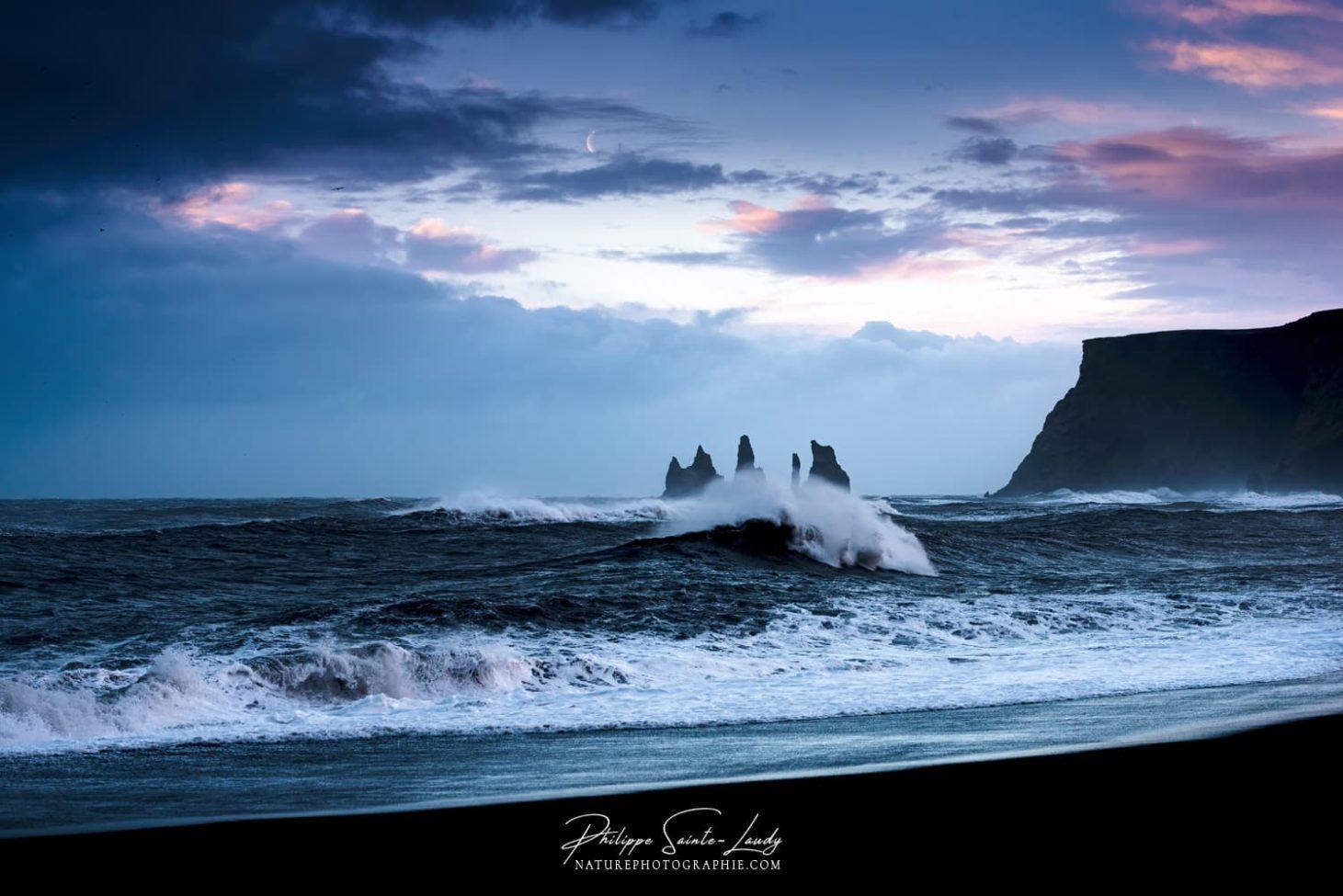 Les Reynisdrangar à Vik en Islande