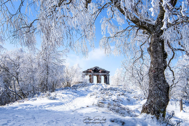 Le temple du Donon en hiver